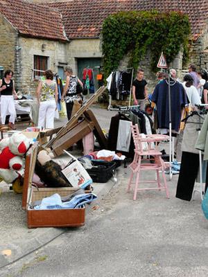 Les vide-greniers dans les villages de Bourgogne