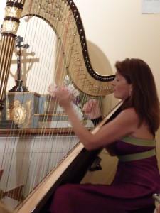 concert de harpe à l'église de la Mairie